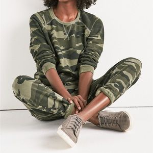 🆕Lucky Brand Camo Sweatshirt